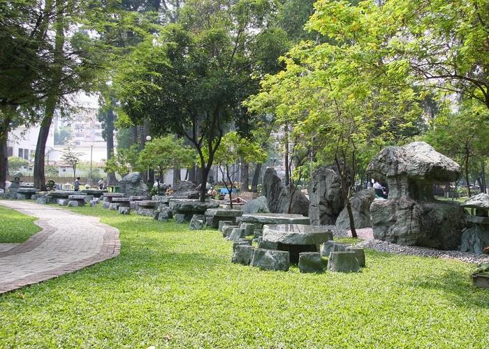 Explore Tao Dan Park - an interesting destination in Saigon