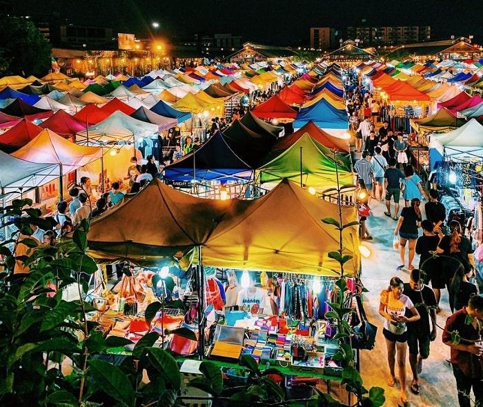 main market - the busiest area at Rod Fai . night market