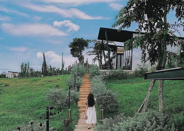 'Lịm tim' trước khung cảnh tựa Bali của khu nghỉ dưỡng Lee's House ở Buôn Ma Thuột