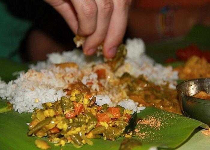 Trải nghiệm văn hóa ăn bốc - Lưu ý khi du lịch Nepal