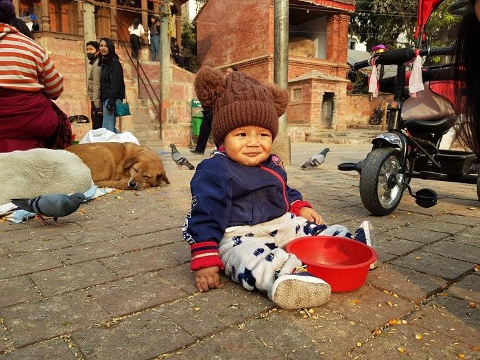 Không nên cho tiền ăn xin ở Nepal - Lưu ý khi du lịch Nepal