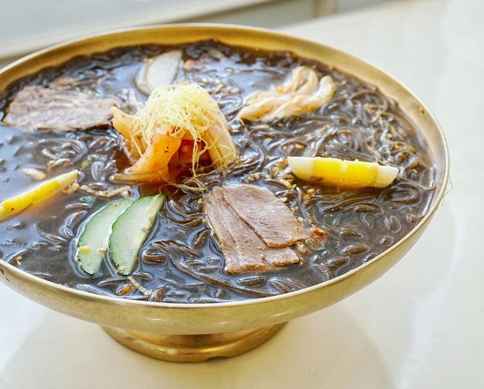 Pyongyang cold noodles - a dish that has a long history