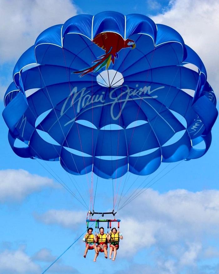 nhảy dù - trải nghiệm đáng thử tại vườn quốc gia Haleakala