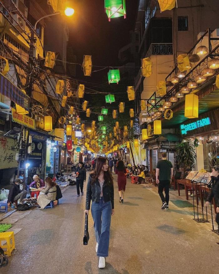 con đường ẩm thực ở phố cổ Hà Nội - Tạ Hiện