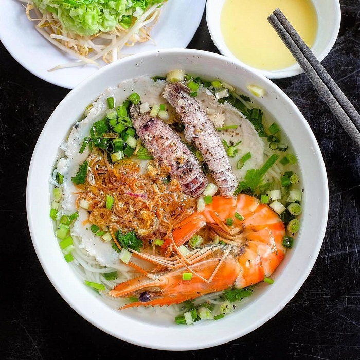 Delicious breakfast restaurants in Phu Quoc - noodle soup Thanh Tung 2