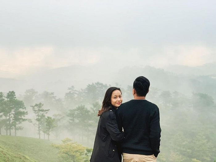 cloud hunting on Da Phu hill - romantic with loved ones