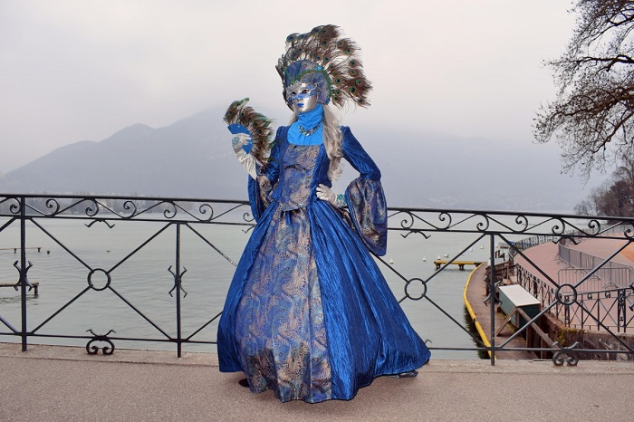 Pose on the Pont des Amours - Annecy Venetian Carnival