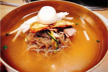 Mì lạnh Bình Nhưỡng - tinh hoa văn hóa ẩm thực Triều Tiên