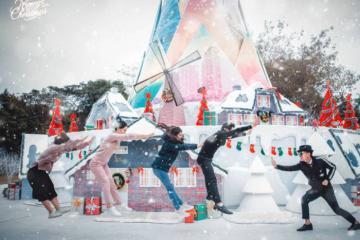 Đón Giáng sinh an lành trong tuyết trắng tại làng cổ tích Bắc Âu Ecopark