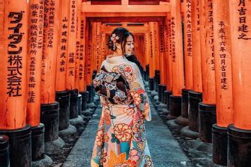 Hướng dẫn tham quan đền Fushimi Inari ngàn cổng Torii huyền thoại