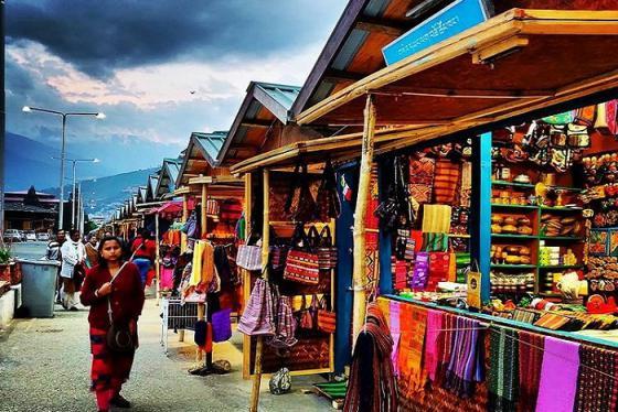 'Cháy túi' tại các điểm mua sắm ở Bhutan nức tiếng