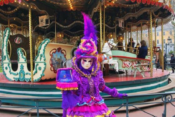 Không chỉ ở Venice, Pháp cũng có lễ hội hóa trang Carnival Annecy cực đỉnh!
