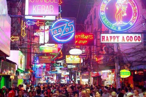 'Quẩy' hết mìnhtại các địa điểm vui chơi về đêm ở Pattaya sôi động bậc nhất