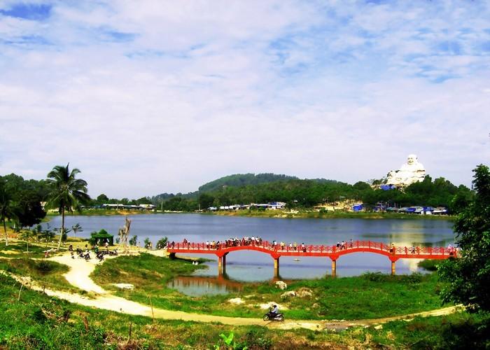 Hồ Thủy Liêm