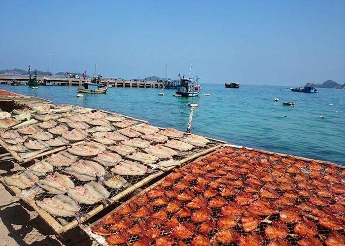 Hải sản Nam Du