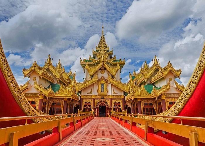 Cung điện nổi Karaweik Royal Barge, Myanmar