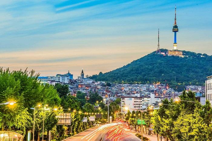 Tháp truyền hình Namsan Seoul Tower