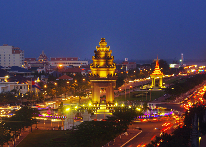 Phnom Penh về đêm