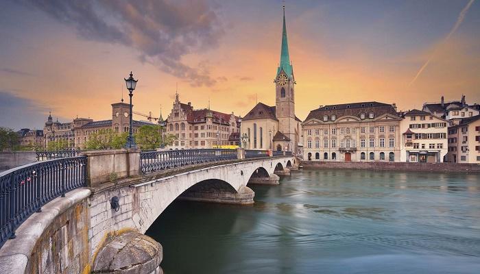 Du lịch châu Âu tham quan Zurich