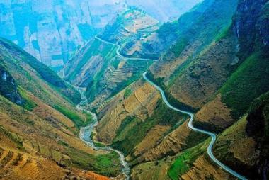 Hà Nội - Hà Giang - Yên Minh - Lũng Cú - Đồng Văn 3 Ngày 2 Đêm Trọn Gói