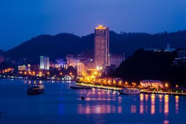 Hà Nội - Hạ Long 2N1Đ, KS Mường Thanh 5* + Thủy Phi Cơ, tour Free & Easy