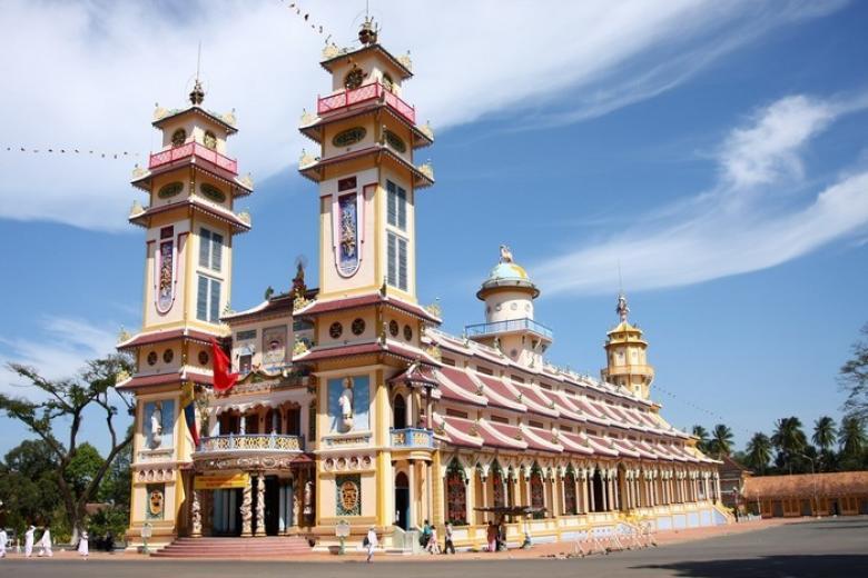 HCM - Tây Ninh (Núi Bà Đen - Long Điền Sơn) 1 ngày