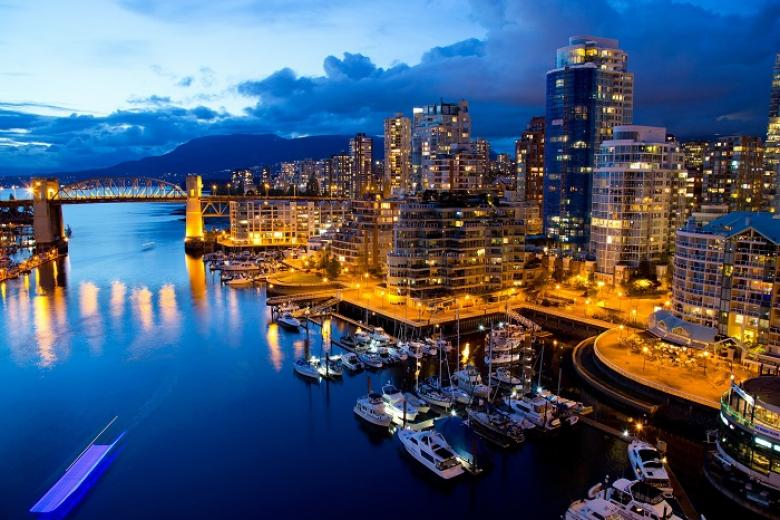 Hà Nội - Toronto - Ottawa - Montreal - Quebec - Vancouver 11N