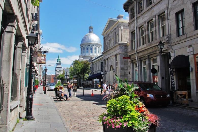Khu phố cổ Montreal