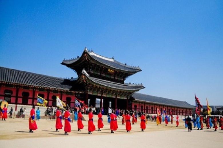 ung điện Hoàng Gia Kyung-bok