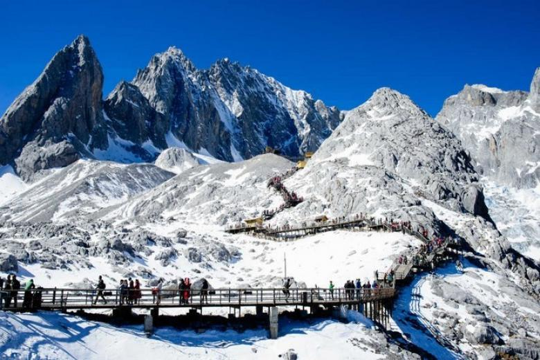 Núi Tuyết Ngọc Long Lệ Giang