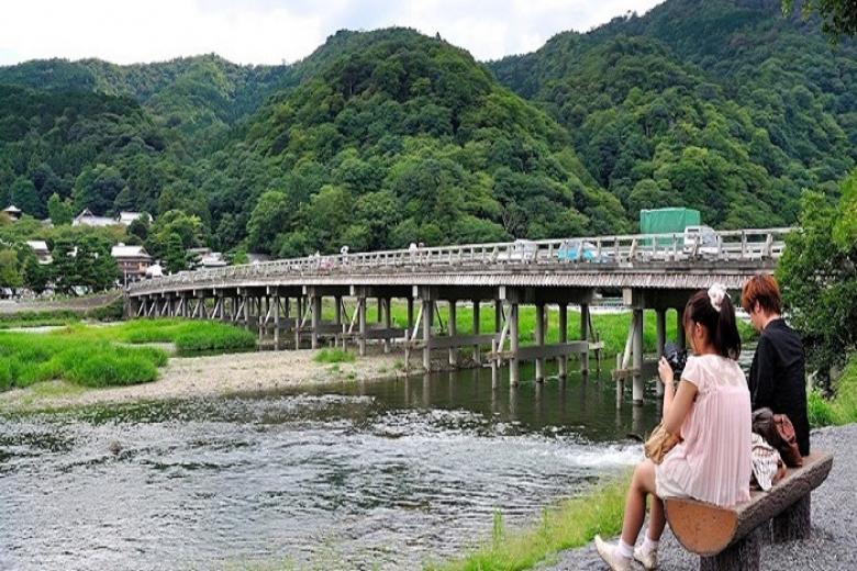 Cây cầu nổi tiếng Togetsu-kyo