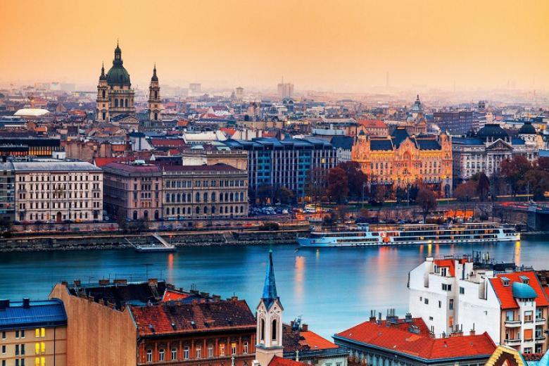 Vinh - Séc - Áo - Hungary 8N7Đ Bay Turkey Airlines