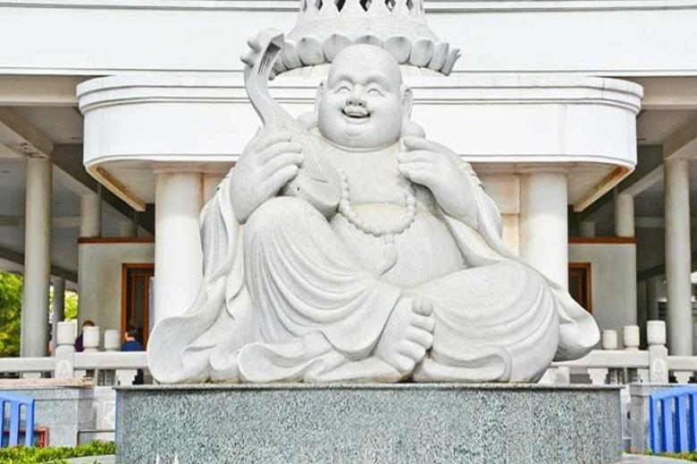 Chùa Di Lạc Maha Vihara Duta