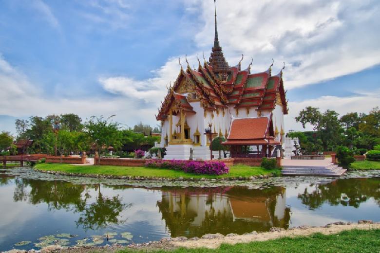 Cung Điện Dusit Prasat Palace,