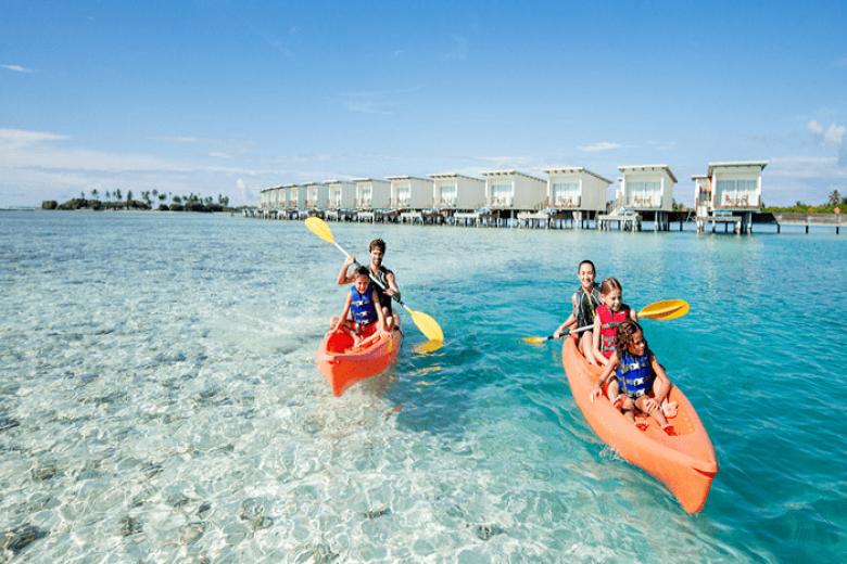 Chèo thuyền kayak ở Maldives
