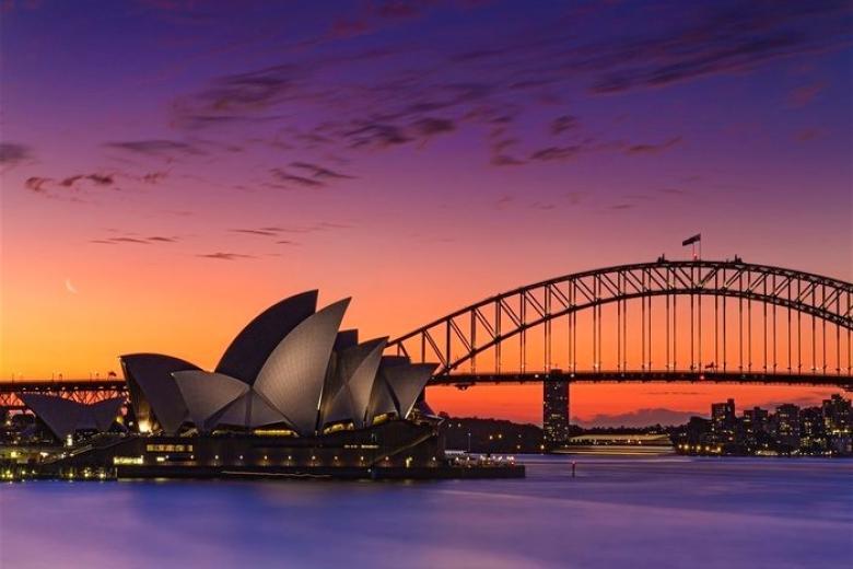 HCM - Sydney 5N