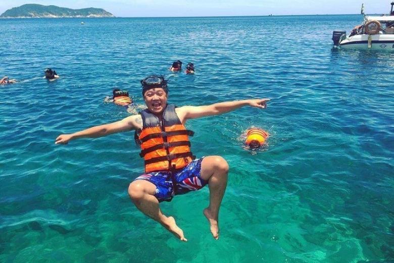 Tắm biển Phú Quốc