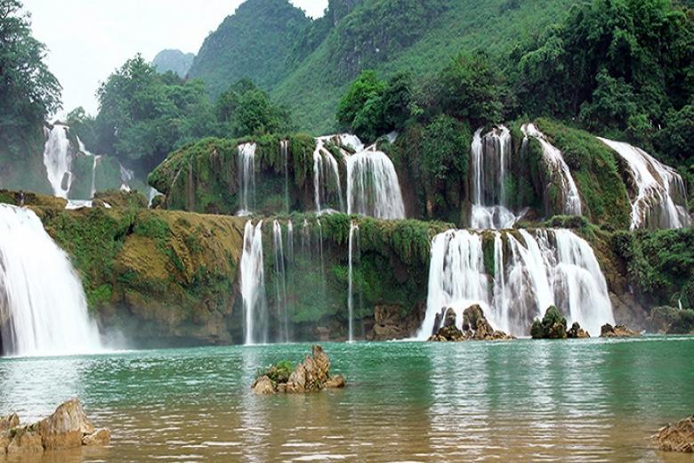 Hà Nội - Hồ Ba Bể - Thác Bản Giốc - Động Ngườm Ngao - Pác Bó 3N2Đ