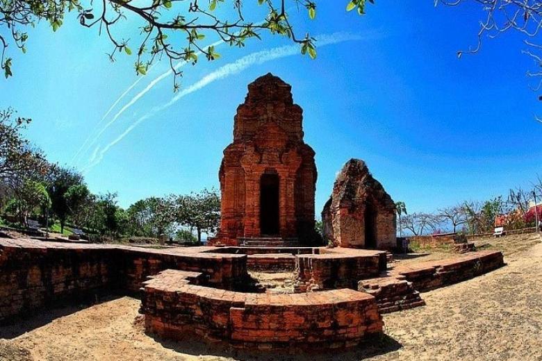 Tháp Chàm Pô Sa Nư