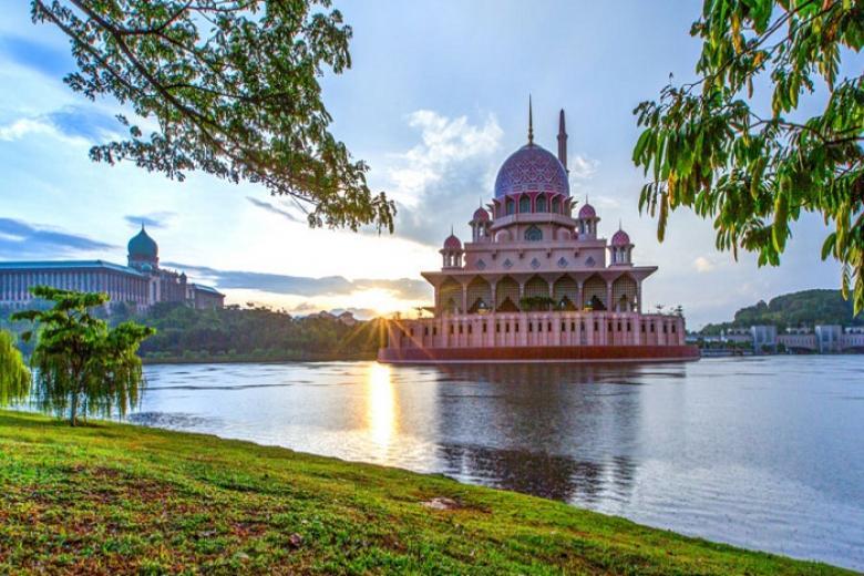 Cần Thơ - HCM - Kuala Lumpur - Ipoh 4N3Đ