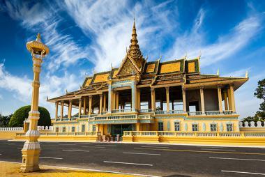 Buôn Ma Thuột - HCM - Phnom Penh - Tham quan cung điện Hoàng Gia 2N1Đ