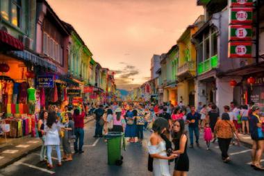 Buôn Ma Thuột - HCM - Phuket - Đảo Phi Phi - Vịnh Phang Nga/City Tour 4N3Đ Bay Vietjet