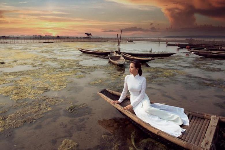 Tour Tham Quan & Trải Nghiệm 1 Ngày Sáng Thuỷ Biều Chiều Tam Giang