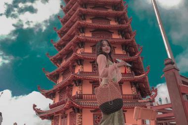 HCM - Đồng Tháp - Chùa Lá Sen Khổng Lồ - Vườn Chà Là 1N + Xe Ô Tô