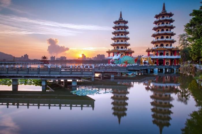 Du lịch Đài Loan: Đầm Liên Trì