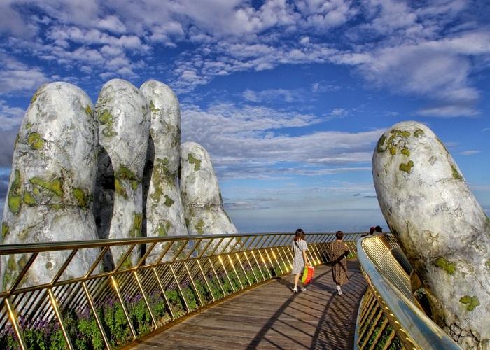 Cầu Vàng - Điểm check in mới tại Đà Nẵng