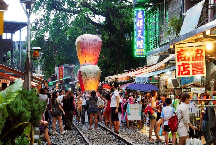 Du lịch Đài Loan: Làng cổ Thập Phần