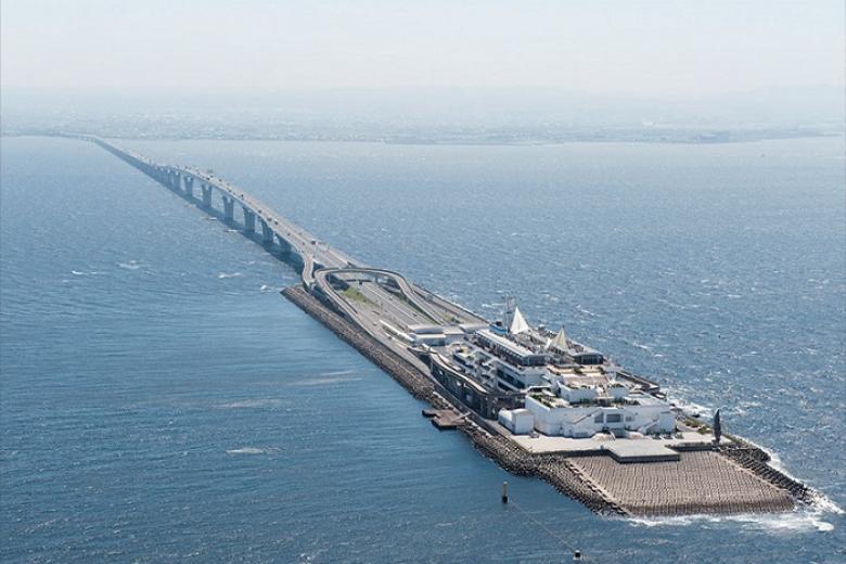 Kỳ quan nhân tạo Tokyo Bay Aqua Line