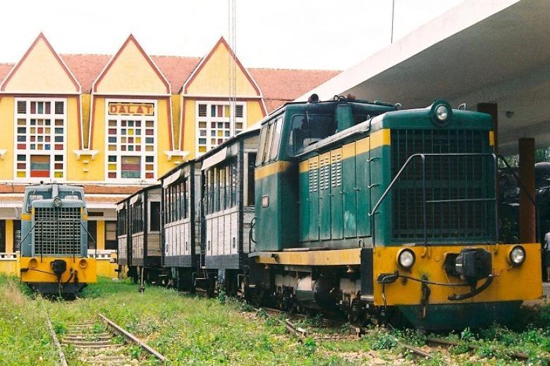 Ga xe lửa