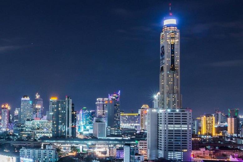 Baiyoke Sky - nhà hàng xoay 86 tầng cao nhất Thailand